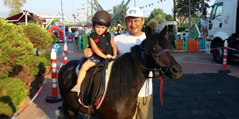 Çocukları Atlarla buluşturan Pony Club Şehrinize Geliyor etkinliklerinin son etabı da tamamlandı