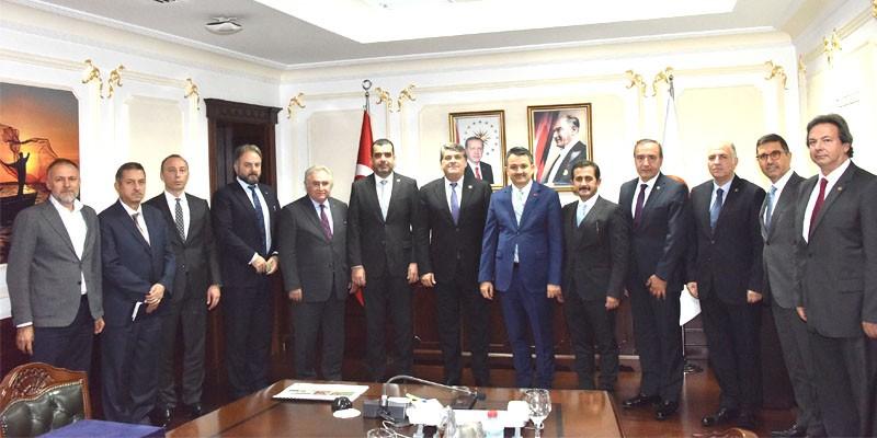 Türkiye Jokey Kulübü Yönetimi Tarım ve Orman Bakanı'nı ziyaret etti