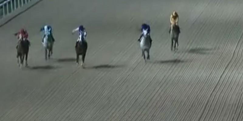 İzmir Yarış Komiserleri, aynı koşuda kulvar değişikliğinden 7 gün,