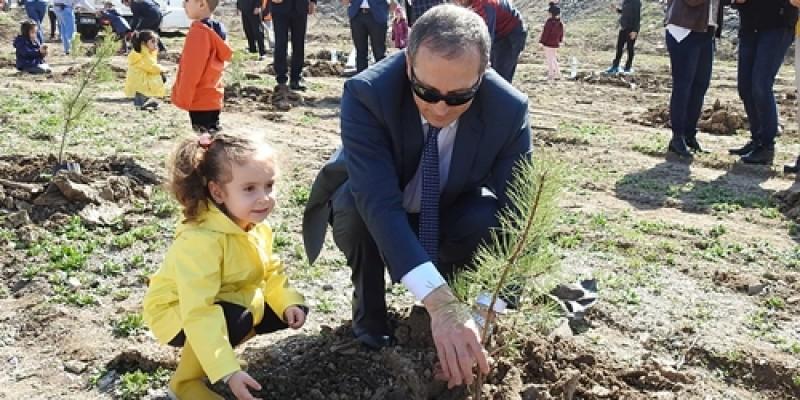 75. Yıl Ankara Hipodromu'nda ağaç dikme etkinliği yapıldı