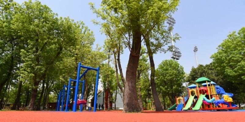 Veliefendi Hipodromu çocuk oyun  parkı yenilendi