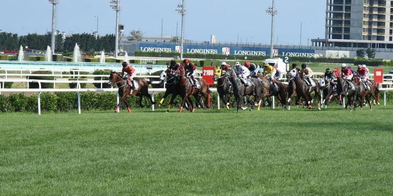Gazi Koşusu'nda atlarla birlikte şapkalar da yarışacak