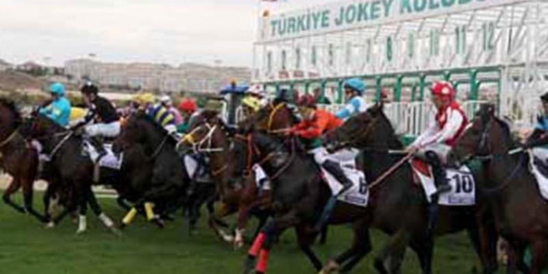 Bursa'da Yarış Komiserleri False Start Yarış Koşturdular