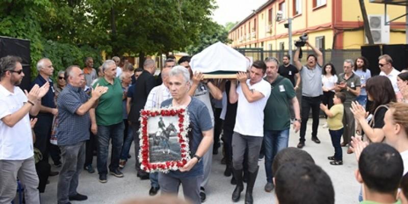 1963 Yılında Gazi Koşusunu Kazanan, Eski jokeylerimizden Mehmet Emin Özdekli  toprağa verildi