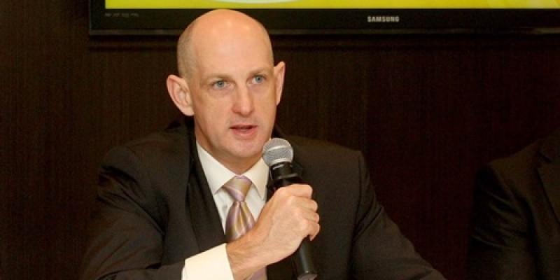 Hong Kong Jokey Kulübü Baş Komiseri Kim Kelly'den Yarış Komiserleri'ne Seminer