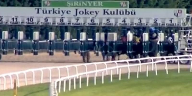 İzmir Yarış Komiserleri False start'da yeni bir devir başlattı