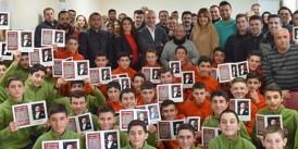 Ekrem Kurt Apranti Eğitim Merkezi'nde 53 öğrenci karnelerini aldılar
