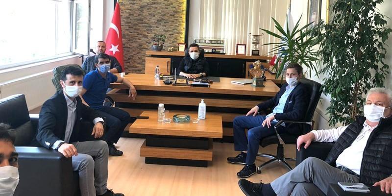 Jokeyler Derneği, TYAYSD Başkanı Talip ÖZTÜRK'ü ziyaret etti