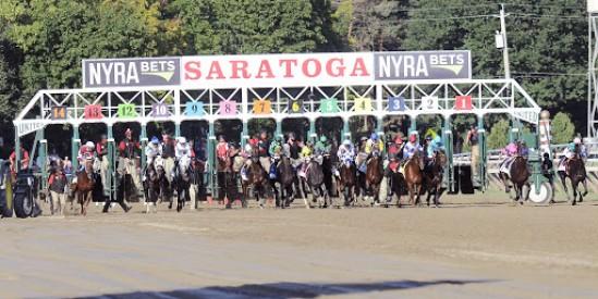 Antrenör Mertkan Kantarmacı'nin  Saratoga ABD  FOXTAIL  koşu kazandı