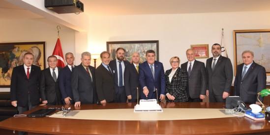 TJK Yönetim Kurulu'nda görev bölümünü yaptı ve Toleyis Genel Başkanı, Serdal Adalı'ya nezaket ziyaret yaptı